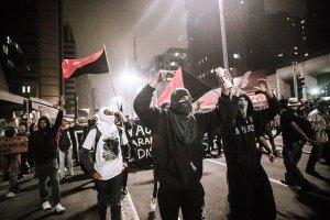 Participei dessa manifestação anarcopunk na Paulista. Foto: Mídia Ninja